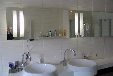 verwarmde badkamerspiegel met verlichting led spiegel op maat