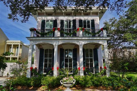 places to see christmas lights in new orleans gonola top 5 decorations in new orleans