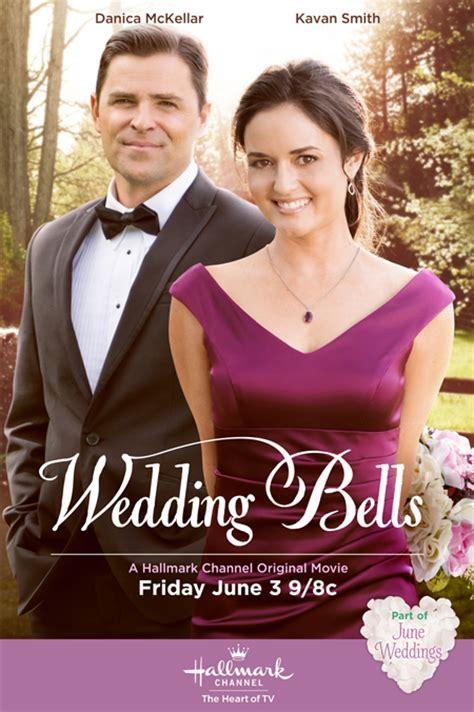 Danica McKellar and Kavan Smith star in Hallmark Channel's