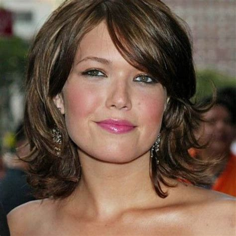 hairstyles with round fat face double chin cut hairstyles hairstyles and wedding on pinterest