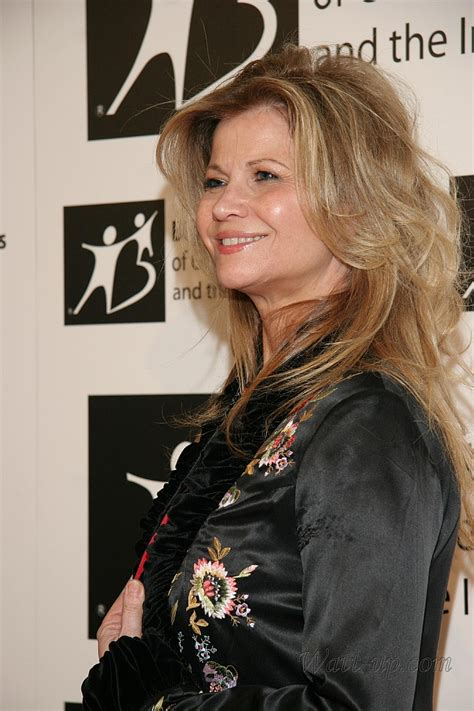markie post haircut markie post hairstyle pictures markie post pictures of