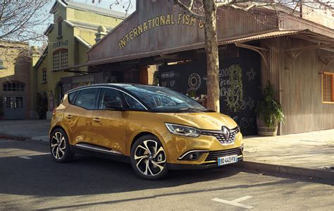 renault mpv 2017 2017 renault scenic funky mpv not bound for