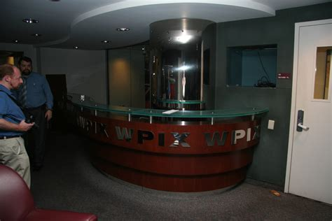 Wpix Former Reception Desk Desk Radio With Reception