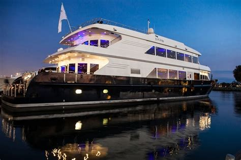 san diego boat wine tours san diego beer dinner cruise hops on the harbor