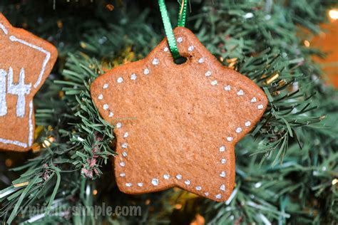 gingerbread christmas ornament typically simple