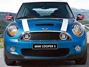Blue Book Mini Cooper 2007 Mini Cooper S Hatchback 2d Pictures And