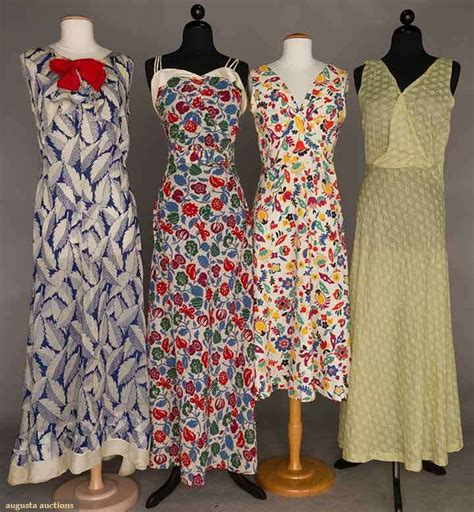 Dress Wafel Motif Js 4 1930s cotton day dresses 2 waffle weave floral dresses 1 blue and white leaf pattern with