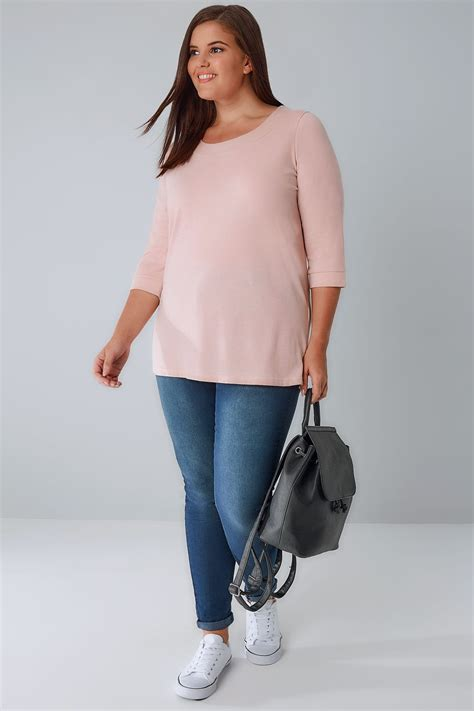 pink band light pink band scoop neckline t shirt with 3 4 sleeves