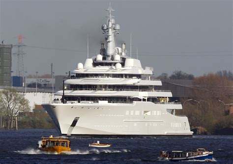 yacht y4h most expensive yachts in the world business insider