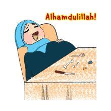 gambar kartun perempuan berdoa miki kartun
