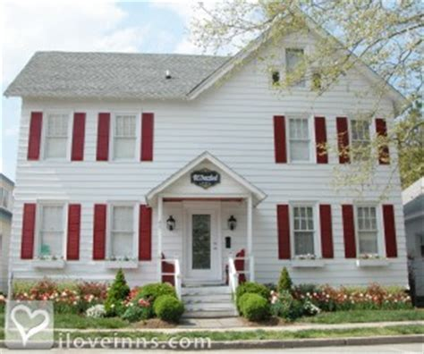 bed and breakfast rehoboth beach de bewitched bedazzled rehoboth in rehoboth beach delaware