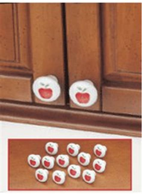 Apple Cabinet Knobs   CarolWrightGifts.com