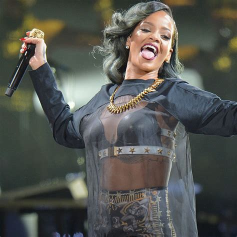 rihanna set to release eighth studio album in november