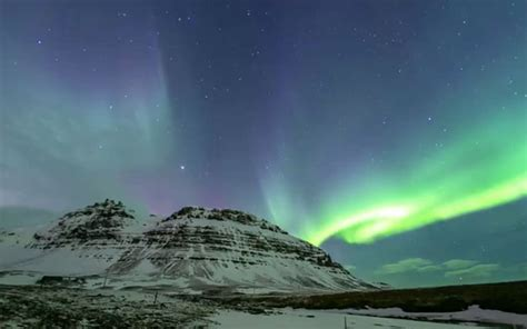 iceland northern lights season see iceland s northern lights winter 2017 and 2018