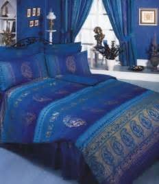 pin  rebecca burnham  bedroom blue bedding blue bed