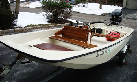 whaler boat battery boston whaler 1984 for sale for 1 boats from usa