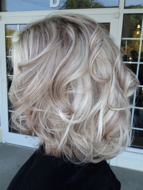 frosted gray hair pictures best 25 frosted hair ideas on pinterest grey hair to