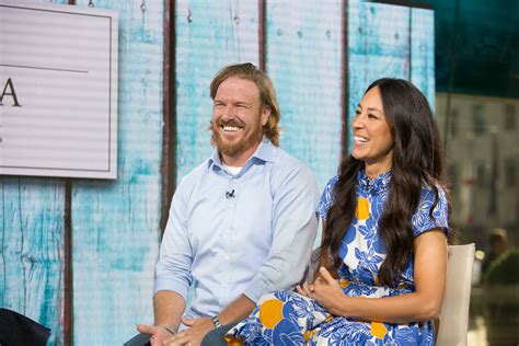 chip and joanna gaines 7 fascinating details about chip and joanna s wedding ceremony np