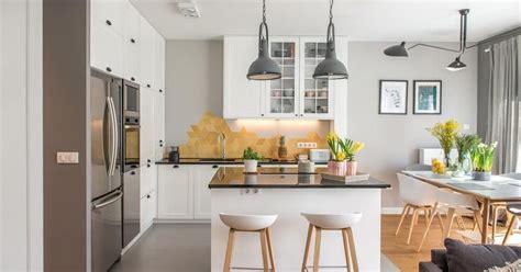 cocina salon  comedor  mismo espacio en tonos grises