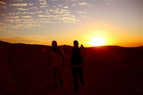 wann ist es dunkel nach sonnenuntergang nach sonnenuntergang wird es dunkel der israel national