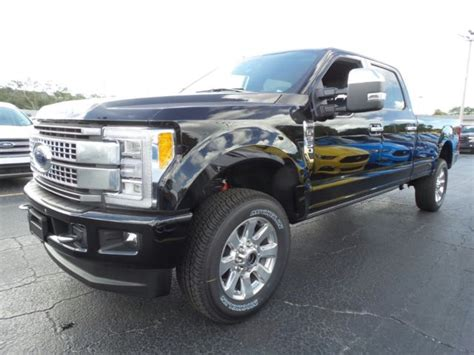 ford   platinum long bed crew cab  ultimate tow camera package nav