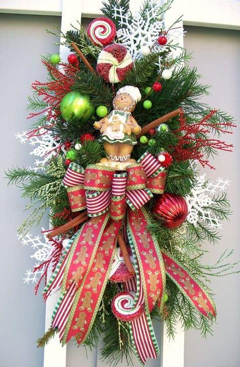 como decorar la puerta en navidad en forma de regalo decorar puerta de navidad excellent decorar ventanas con