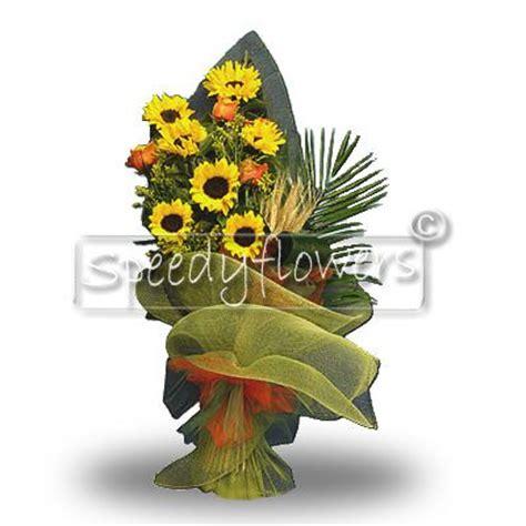 mazzo di fiori per laurea spedizione fiori per laurea inviare fiori per laurea