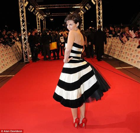 Minogue Says That She Likes Big Black Snarky Gossip 2 by National Television Awards Dannii Minogue Hugs