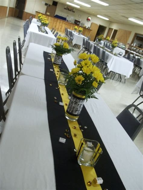 Class Reunion Decorations by 25 Best Ideas About Reunion Centerpieces On