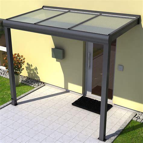 terrassendächer aus aluminium vordach mit seitenwand vordach zum garten mit seitenwand