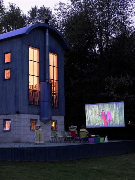 backyard theater 17 best images about outdoor movie screens on pinterest
