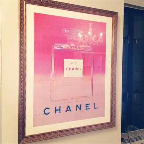 Kerdung Pashmina Chanel Wall 1000 images about chanel no 5 on apothecary bottles kidman and chanel handbags