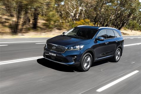kia sorento standard features 2018 kia sorento pricing and features
