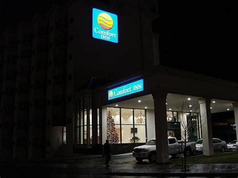 comfort inn prices for 1 night the falls view picture of comfort inn fallsview