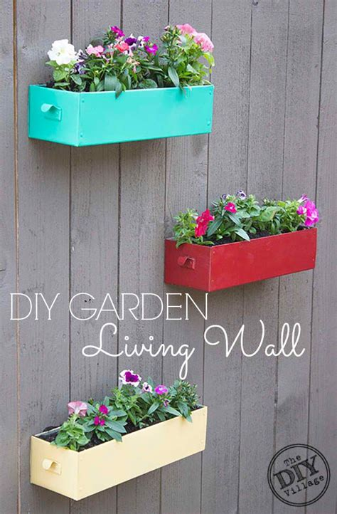 Wall Planter Ideas by Best 25 Outdoor Wall Planters Ideas On