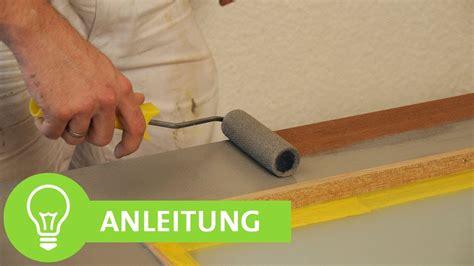 Farbe Zum Lackieren Von Möbeln by Tapete Schwarz Gold