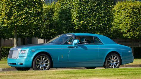 books on how cars work 2013 rolls royce phantom user handbook rolls royce reveals ghawwass edition phantom coupe autoblog
