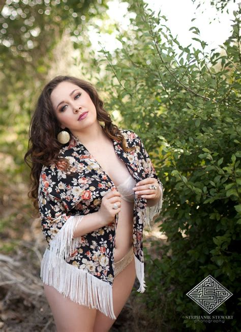 bbw backyard guest post learning to love yourself through boudoir