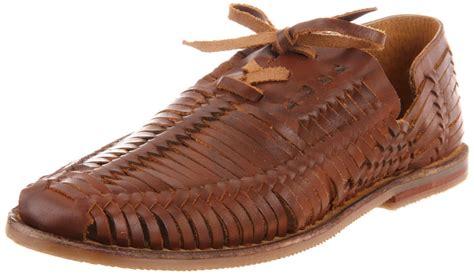 steve madden reston huarache sandals in brown for
