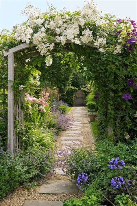 decoracion de jardines con piedras y flores 1001 ideas sobre dise 241 o de jardines irresistibles y