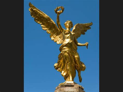 imagenes de esculturas famosas egipcias ranking de estatuas m 193 s altas y grandes del per 218 listas