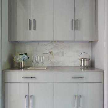 Gray Quartz Counters Design Ideas