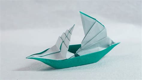 Folding Paper Boats That Float - how to make a paper boat sail boat 2d versi on the spot