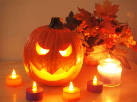 How To Light A Pumpkin For Halloween 6 Steps With Pictures Pumpkin Lights