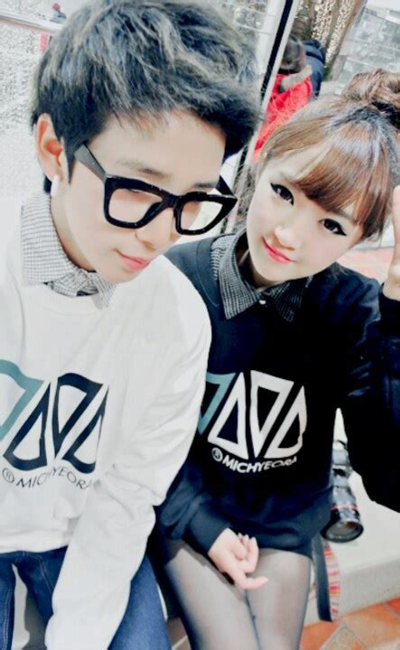 wallpaper cute korean couple korean ulzzang couple ulzzang couples pinterest the
