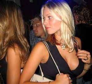 Clubbing girl hot