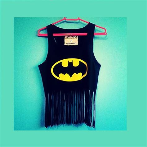 Batman 03 Raglan blusa batman franjas no elo7 sencillez 3ee437