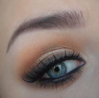 Harga Base Makeup Makeover brown smokey eye sesuai utk majlis akad nikah atau