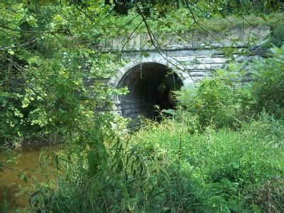 bridgehunter.com   b&o branch of woods fork creek bridge #2