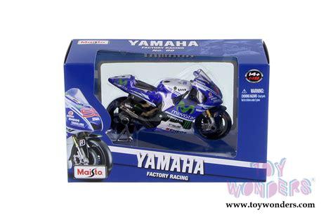 Marques 2014 Diecast Miniatur Motogp 118 Maisto 1 motogp yamaha factory racing team motorcycle 34586 1 18 scale maisto wholesale diecast model car